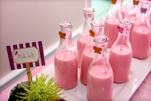 15323-strawberry-milk